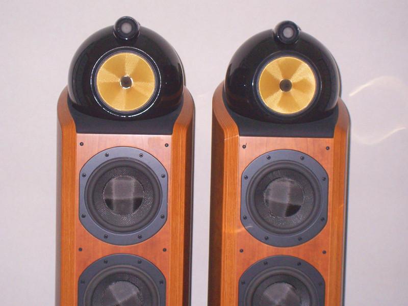 B&W802D